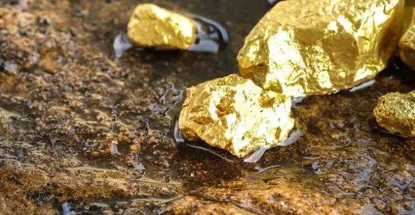 عملية إعادة فصل مخلفات الذهب
